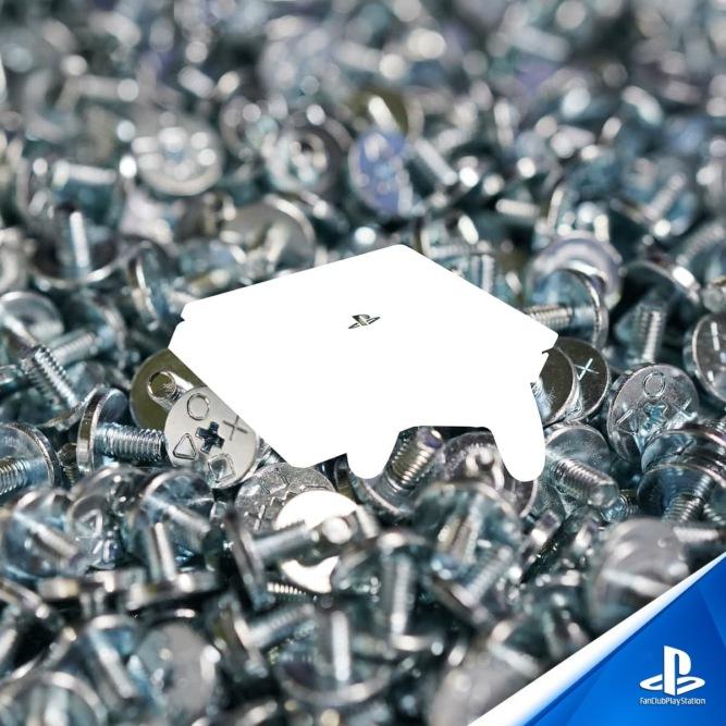 18 PS4 Vis